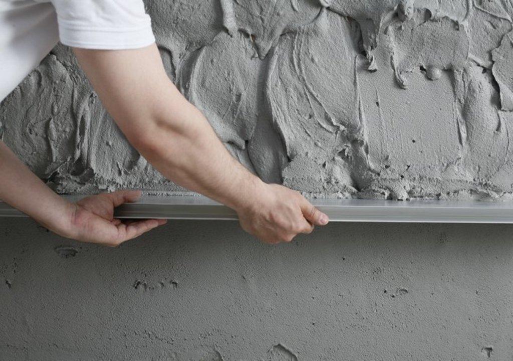 цементная шпаклевка и правило