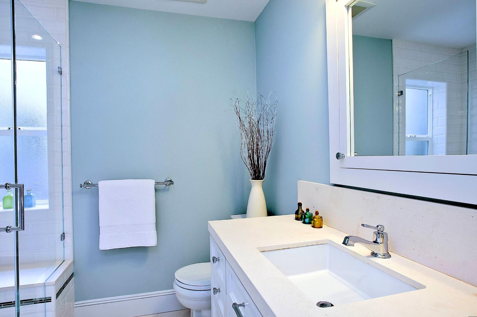краска в ванной