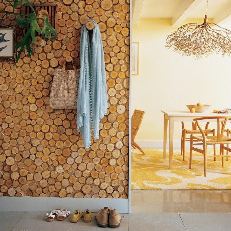 декоративная стена из спилов дерева