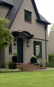 преимущества краски для фасада