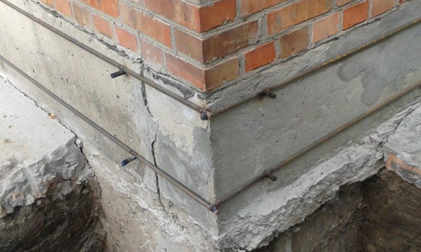 как укрепить фундамент если пошла трещина на стене