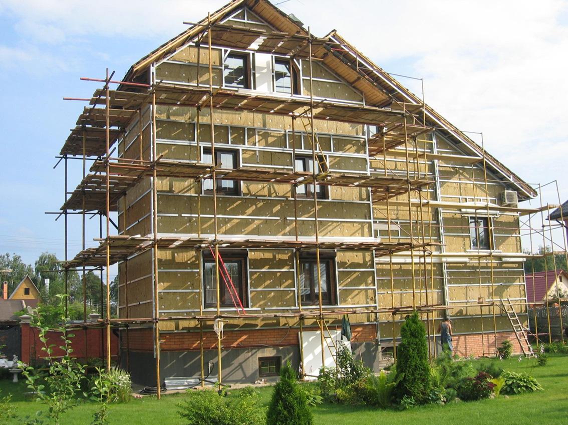 ремонт наружной стены дома