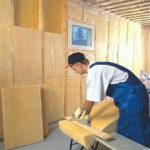 Как сделать ремонт стен с утеплителем на долгие годы службы?