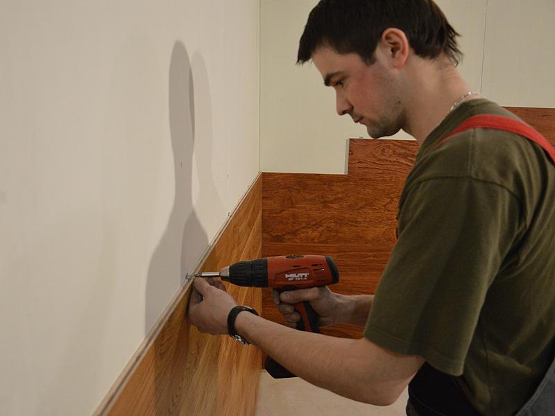 как крепить мдф панели к стене