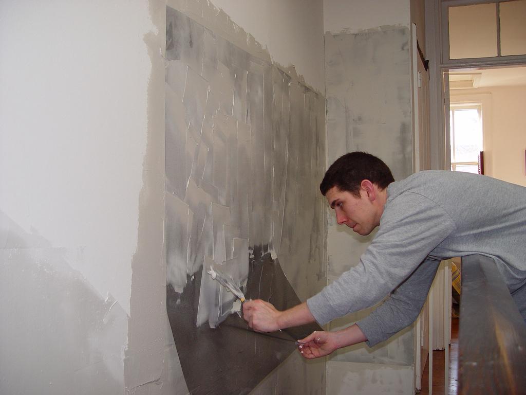 подготовка стен во влажном помещении